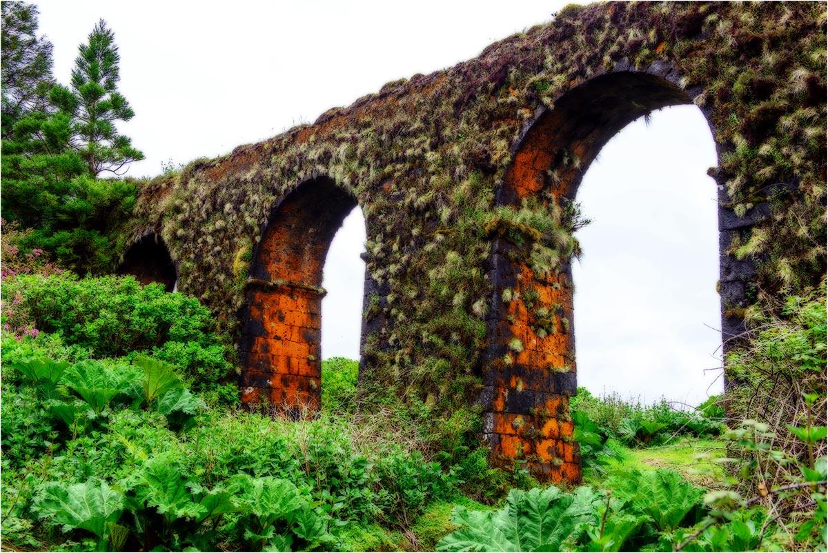 Aquaduct, Sao Miguel (Azoren, mei2014)