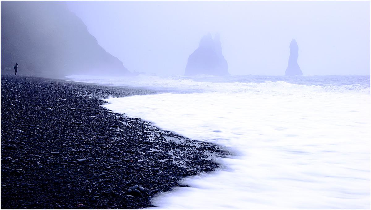 Reynisfjara Beach bij Vík í Mýrdal (IJsland, mei 2016)