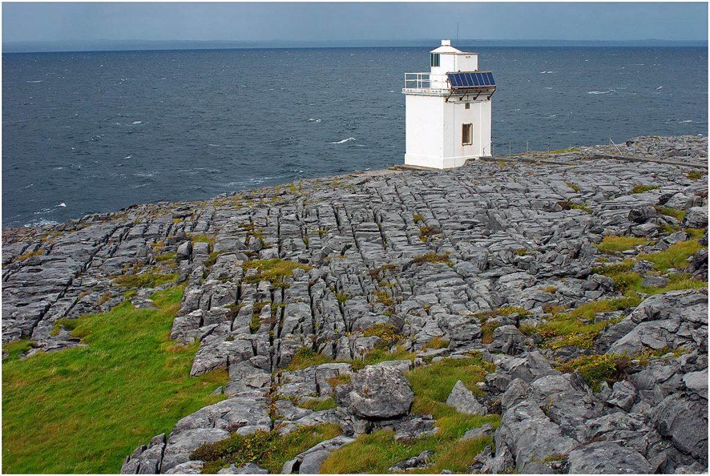 Blackhead Lighthouse, The Burren, County Clare (Ierland, sep.2012)