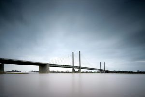 Rheinbrücke, hoog water in de Rijn bij Rees (D) (14-2-2020) Nikon D750; ISO100; 20sec.; f/11; 16mm. [FB0_0355]