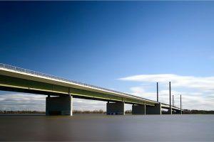 Rheinbrücke, hoog water in de Rijn bij Rees (D) (12-3-2020) Nikon D750; ISO100; 44sec.; f/11; 27mm. [MA0_0427]