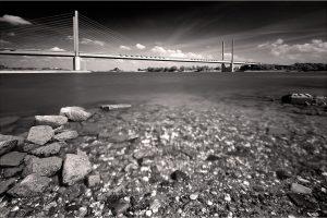 Rheinbrücke, aan de Rijn bij Rees (D) (27-5-2020) Nikon D750; ISO100; 20sec.; f/11; 16mm. [ME0_0980ZW]