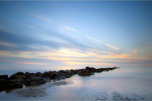 Texel, de golfbreker in de Noordzee bij de vuurtoren [TX0_0215www]