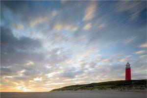 Texel, zonsopkomst bij de vuurtoren [TX0_0277www]